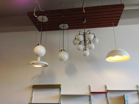 Vintage Lighting bij Contemporary Showroom